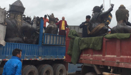 Guru Rinpoche statues arrive at Gebchak Gonpa – July 2016